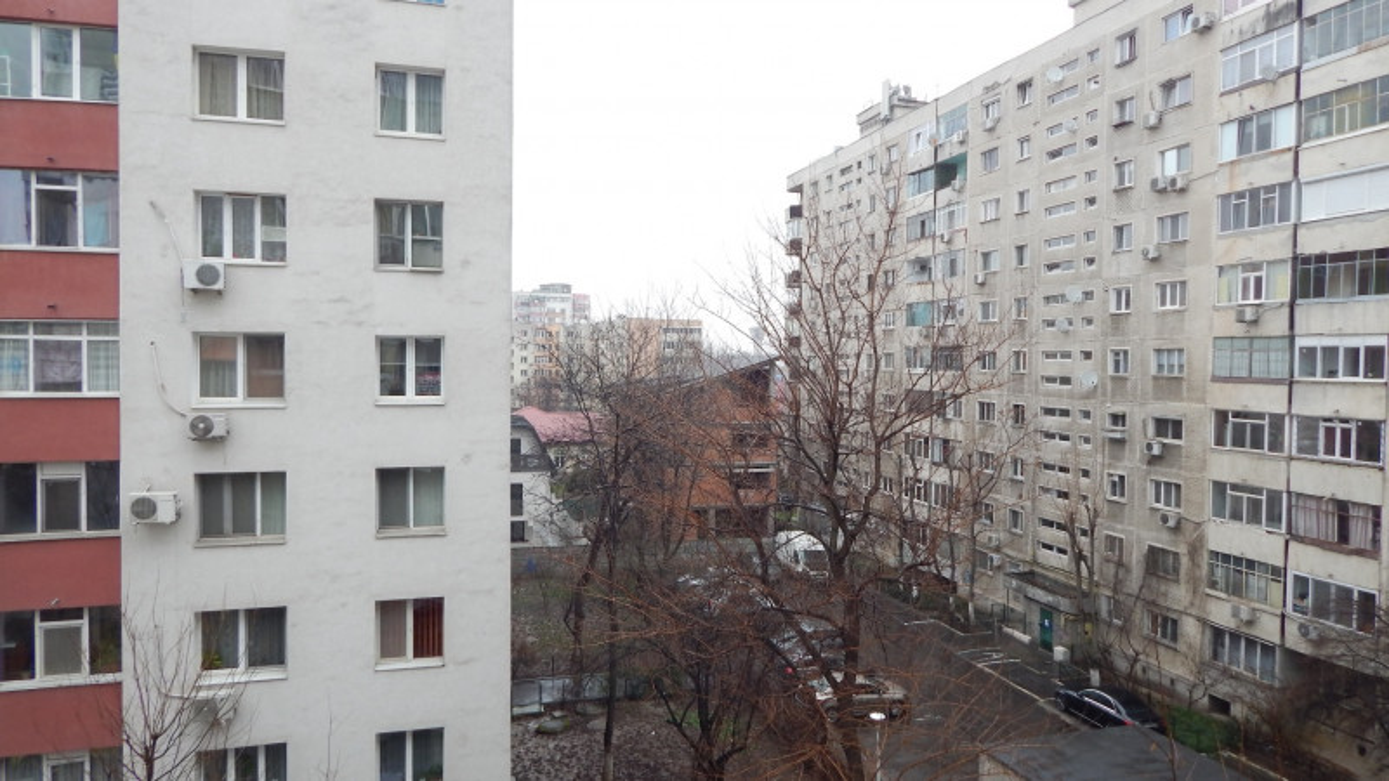 Apartament  3 camere , Sebastian , Rahova