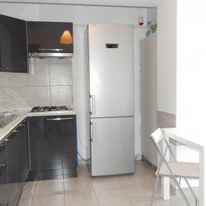 Apartament  in cladire noua , 3 camere , mobilat