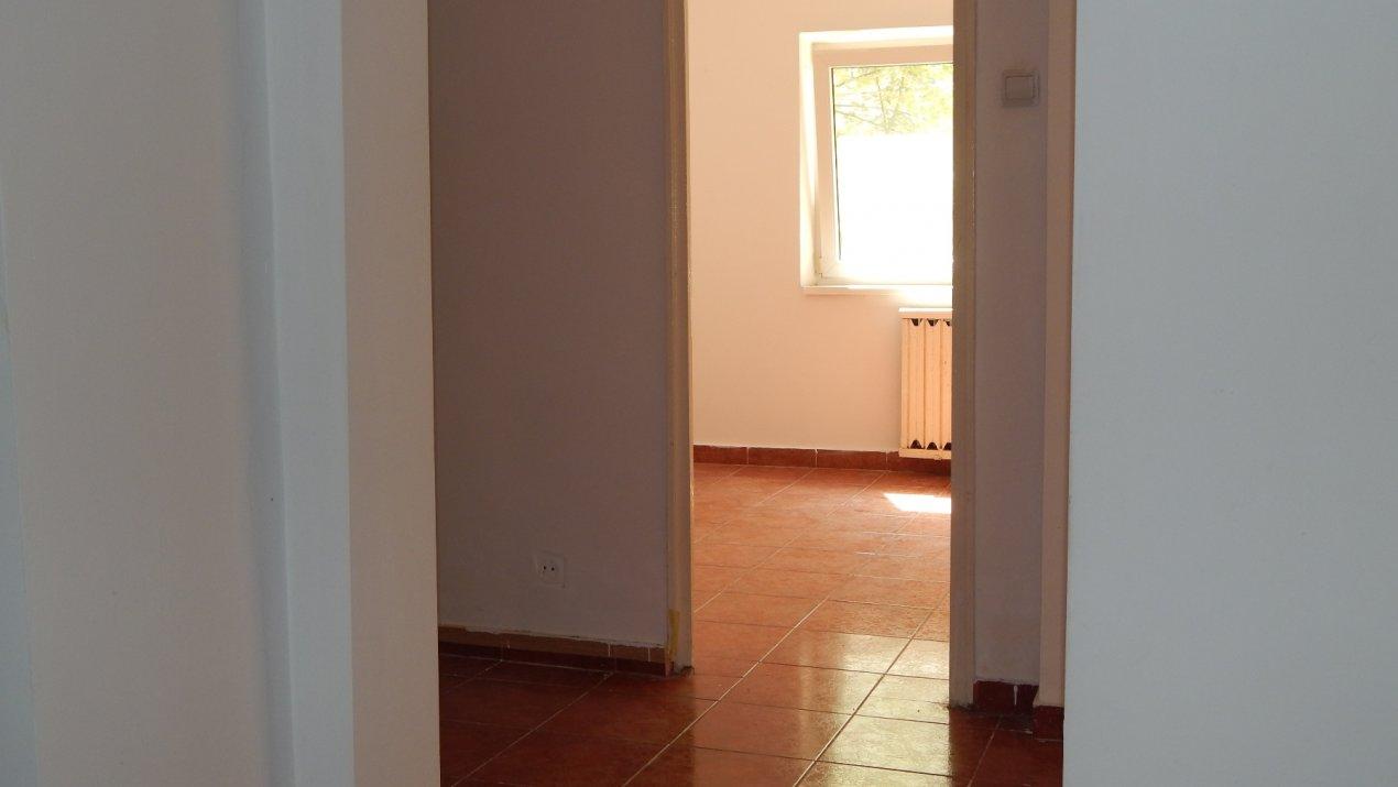 Apartament  3 camere 13 Septembrie