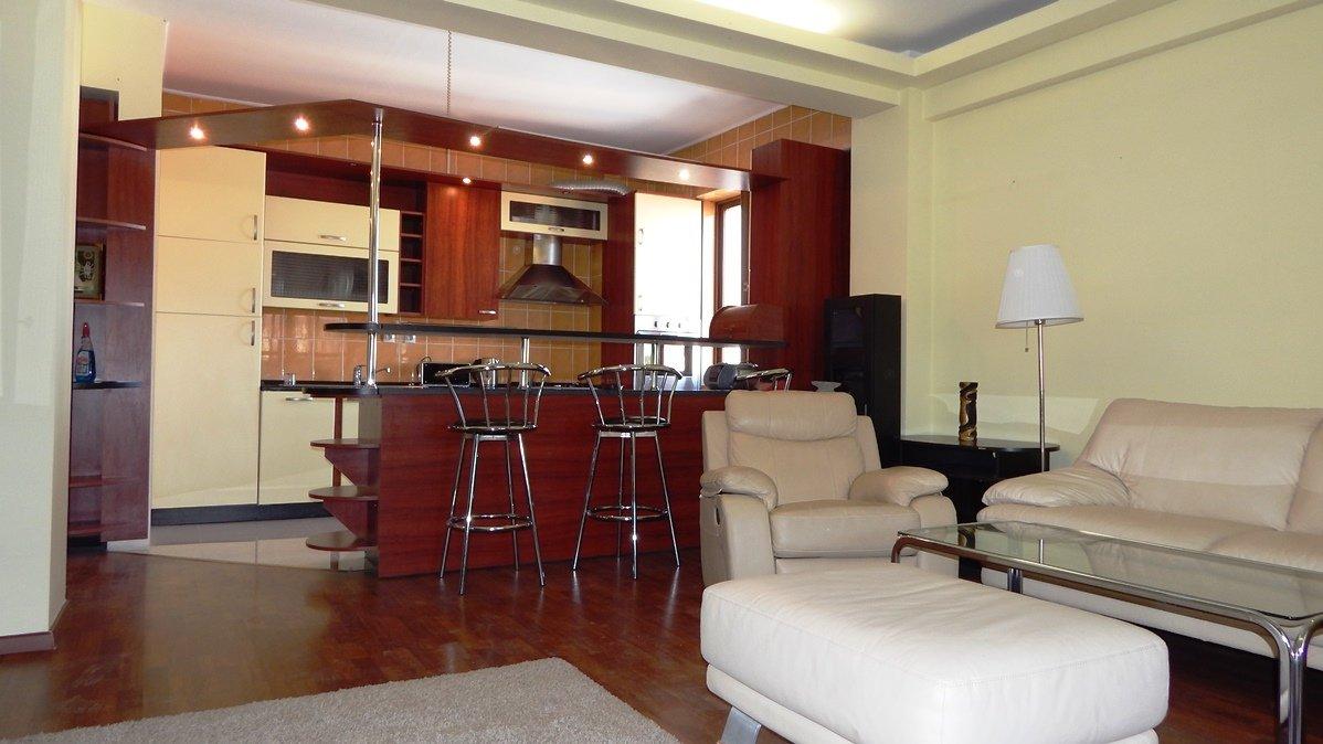 Apartament inchiriere 3 camere cu terasa Aviatorilor