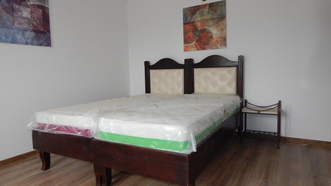 Vile de vanzare , 2-3 dormitoare Odaii