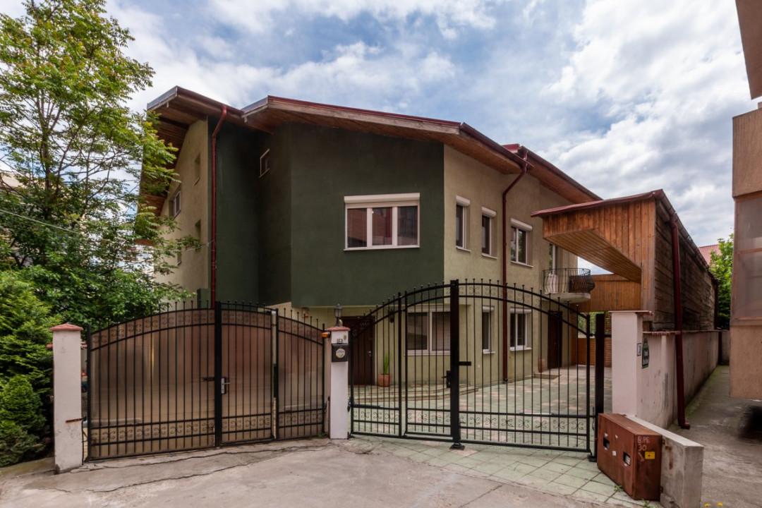 Casa urbana, Drumul Taberei, Valea Oltului, Casa Rustic