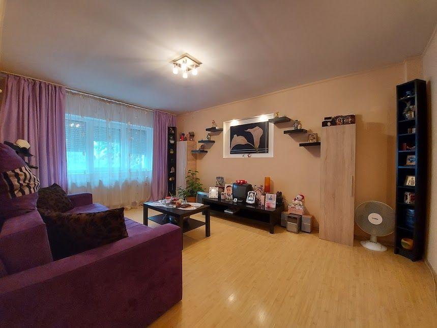 Apartament decomandat de 2 camere, etaj 1/4, Vitan - Olimpia!